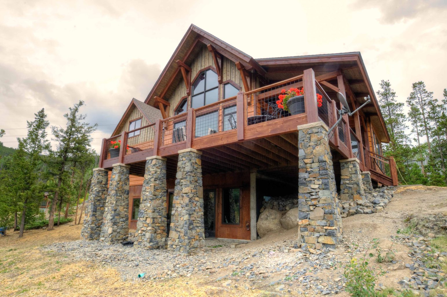 Custom southern yellow pine timber frame home in keystone for Custom a frame homes
